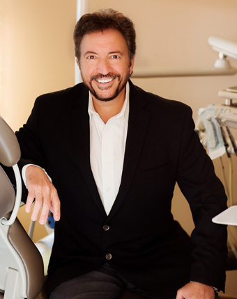 Detroit Cosmetic Dentist Dr. Alan Grodin